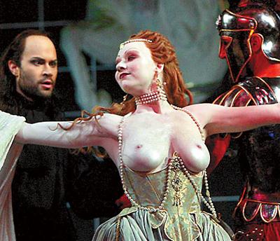 смотреть порно видео голая опера